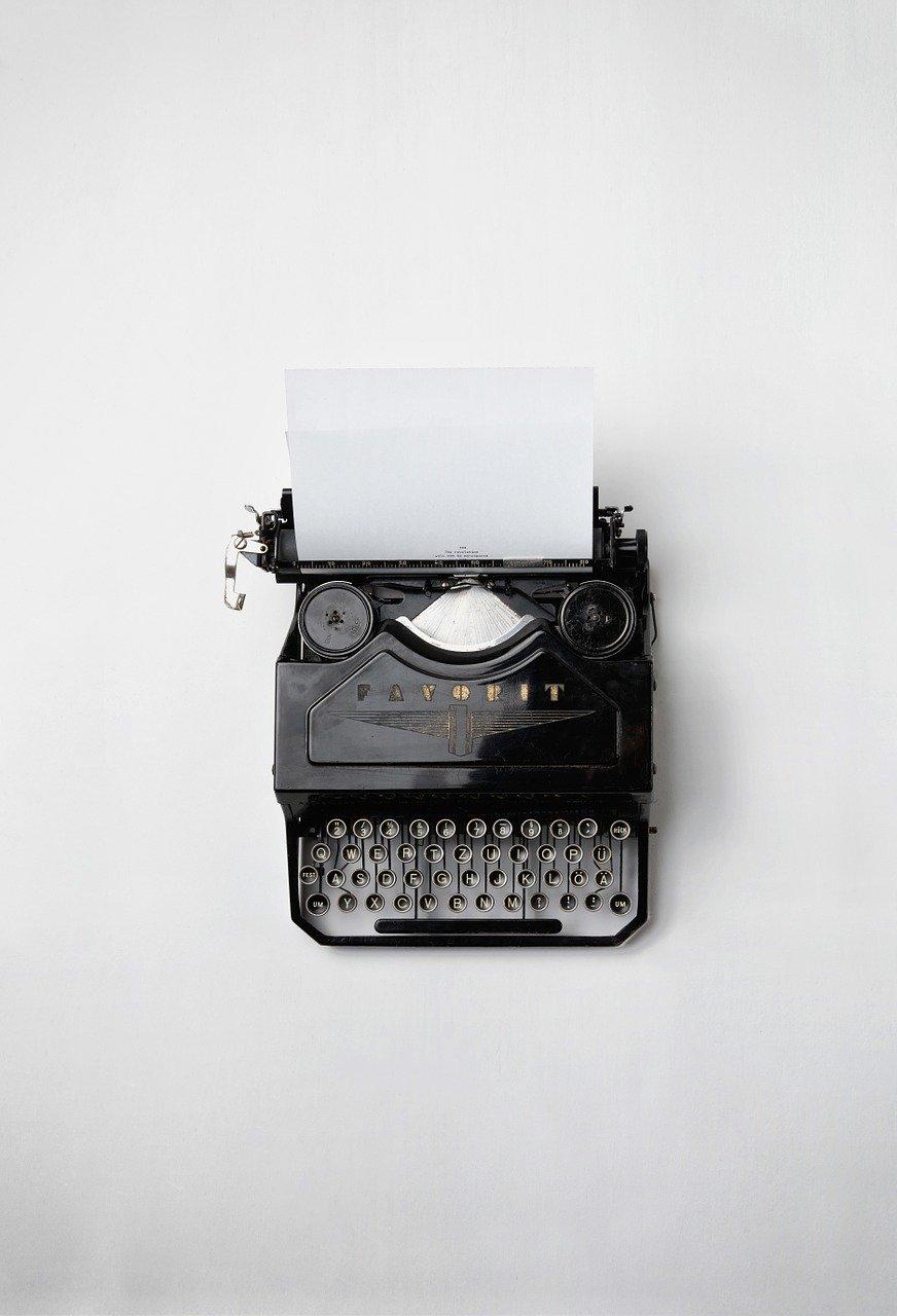 typewriter, retro, vintage-498204.jpg